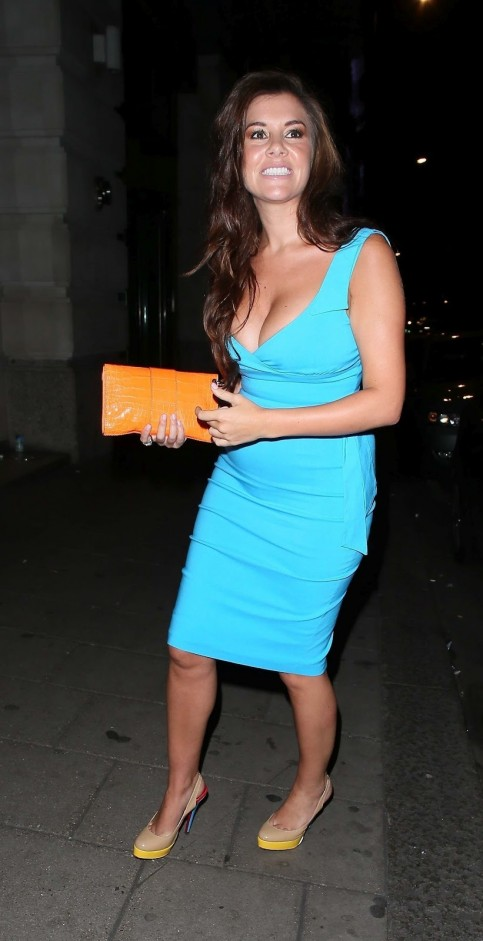 Imogen Bthomas Barriving Bat Bnovikov Brestaurant Bin Blondon Baugust Th  Dress