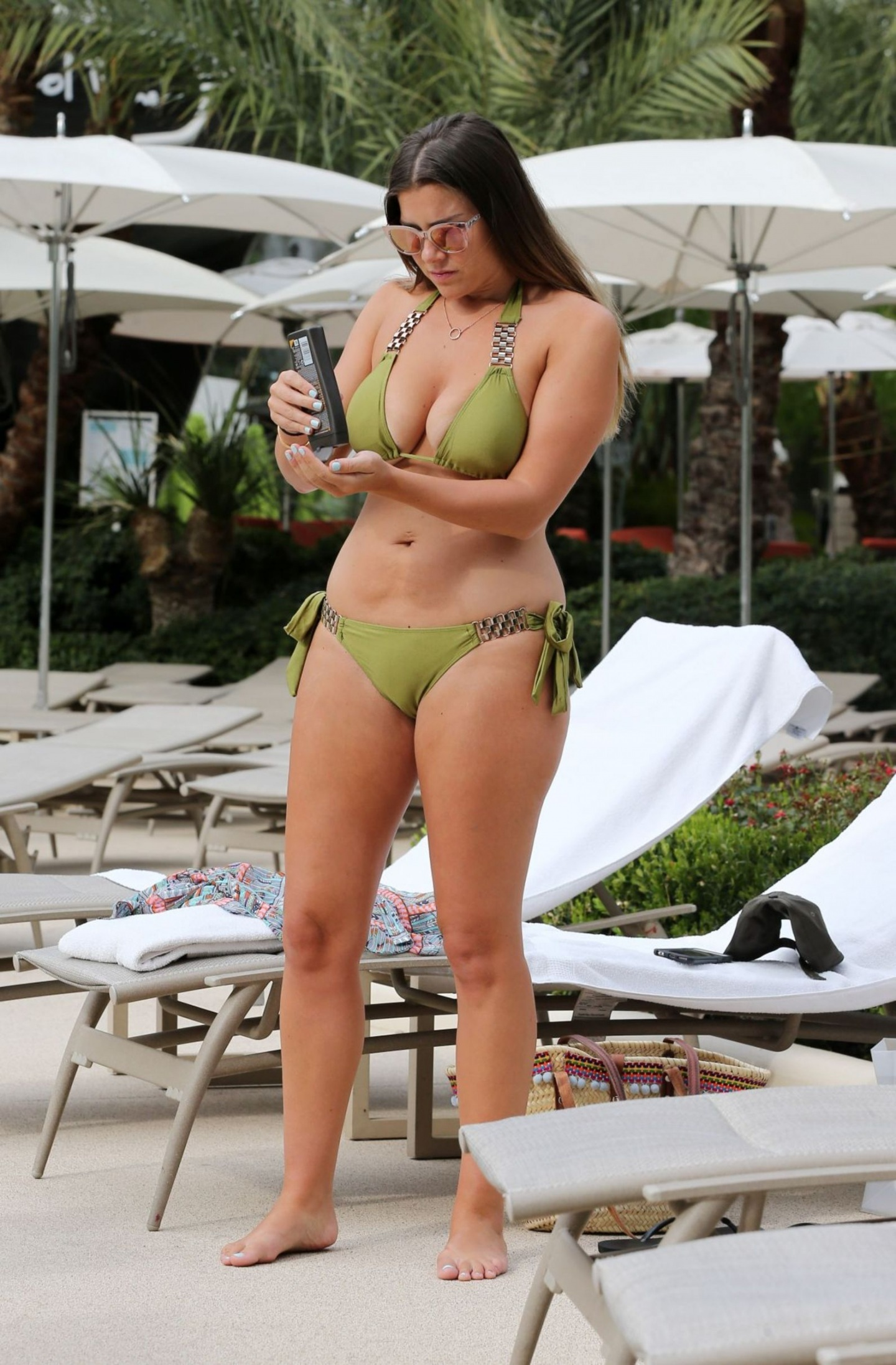 Imogen Thomas In Bikini At Pool In Las Vegas Imogen Thomas