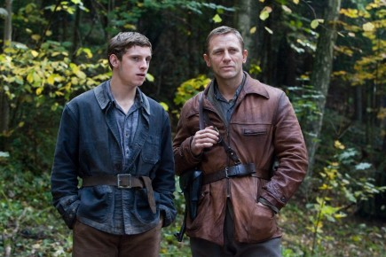 Daniel Craig And Jamie Bell Defiance Movie Image Wife