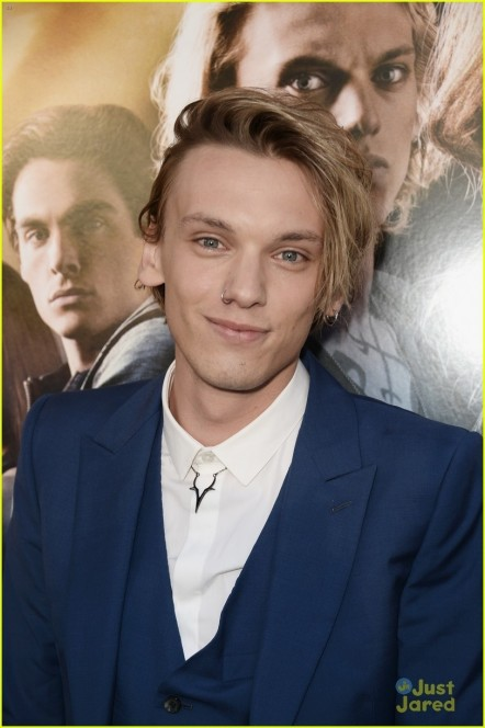 Jamie Campbell Bower Mortal Instruments City Of Bones Premiere Jamie Campbell Bower