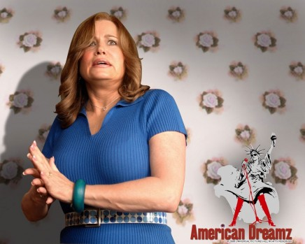 Jennifer Coolidge In American Dreamz Wallpaper