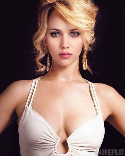 Scarlett Johansson Jennifer Lawrence Morph Jennifer Lawrence And Scarlett Johansson Merge Into One Seamless Face Of Beauty