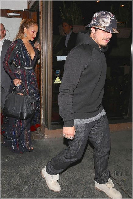 Jennifer Lopez And Casper Smart Spl