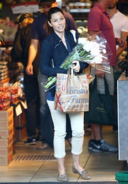 Jessica Biel Shoping In West Hollywood