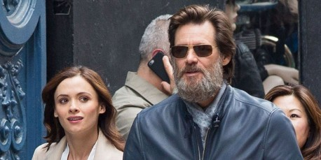 Lan Ape Jim Carrey Cathriona White Jim Carrey