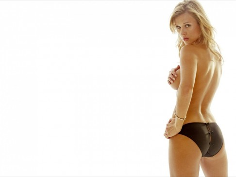 Joanna Krupa Wallpaper