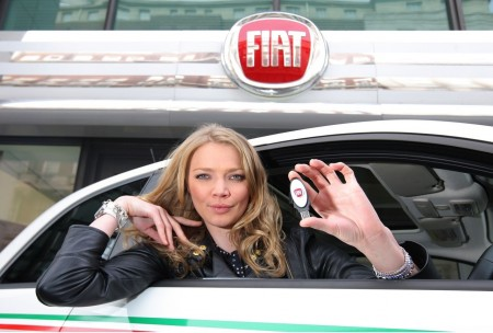 Fiat Jodie Kidd Takes First Eco Test Drive Cgd Aa Car