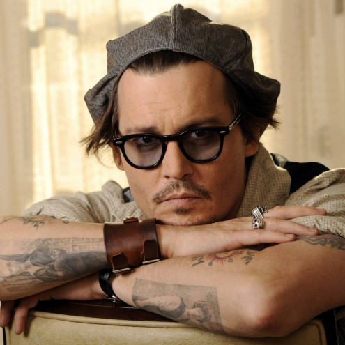 Johnny Depp Stare Best Male Ipad Icloud Wallpaper
