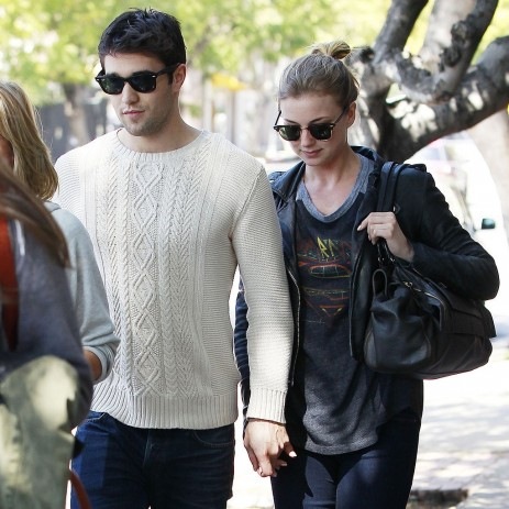 Emily Vancamp Josh Bowman Lunch Date Pictures