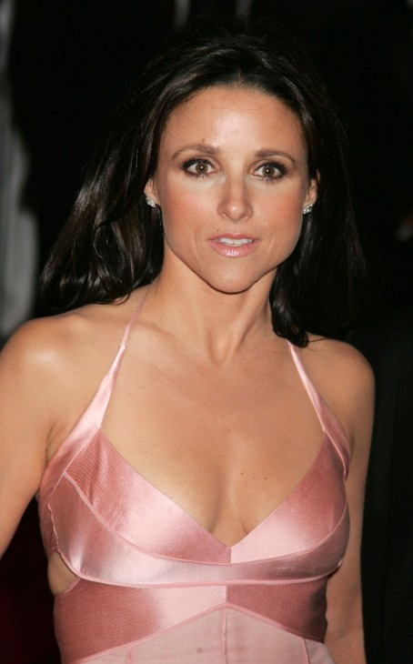 Julia Louis Dreyfus Hot Wallpapers Julia Louis Dreyfus