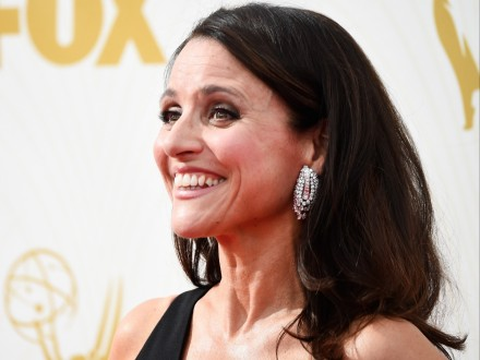 Julia Louis Dreyfus Just Made History With Her Fourth Emmy In Row For Veep Julia Louis Dreyfus