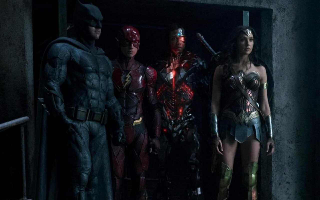 Justice League Batman The Flash Cyborg And Wonder Woman Justice League Movie Justice League