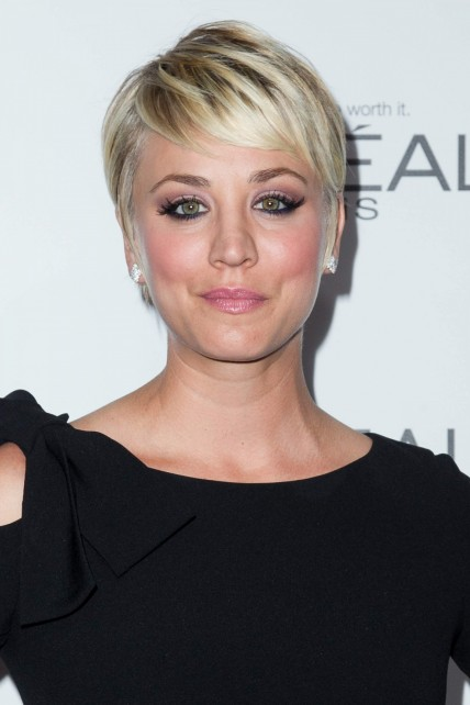 Kaley Cuoco Sweeting Elles St Annual Woman
