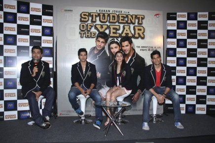Bkufqjw Ffd Karan Johar Aalia Bhatt Siddharth Malhotra Varun Dhawan At First Look Launch Of Film Student Of The Year At Pvr Cinemas In Mumbai  Student Of The Year