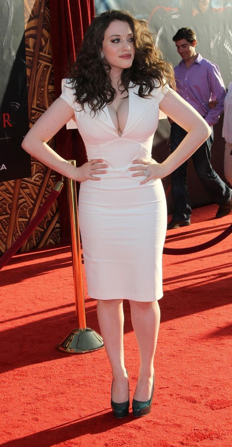 Kat Dennings At Event Of Thor Thor