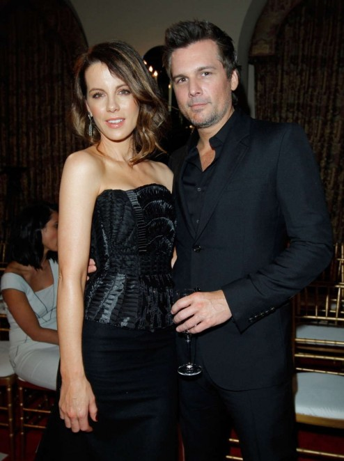 Kate Beckinsale Vogue Fashion Show