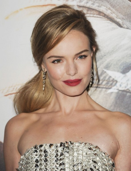 Kate Bosworth On Red Carpet Homefront Movie Premiere In Las Vegas Kate Bosworth