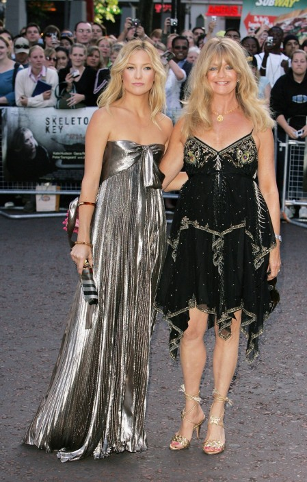 Kate Bhudson Bwith Bgoldie Bhawn And Goldie Hawn