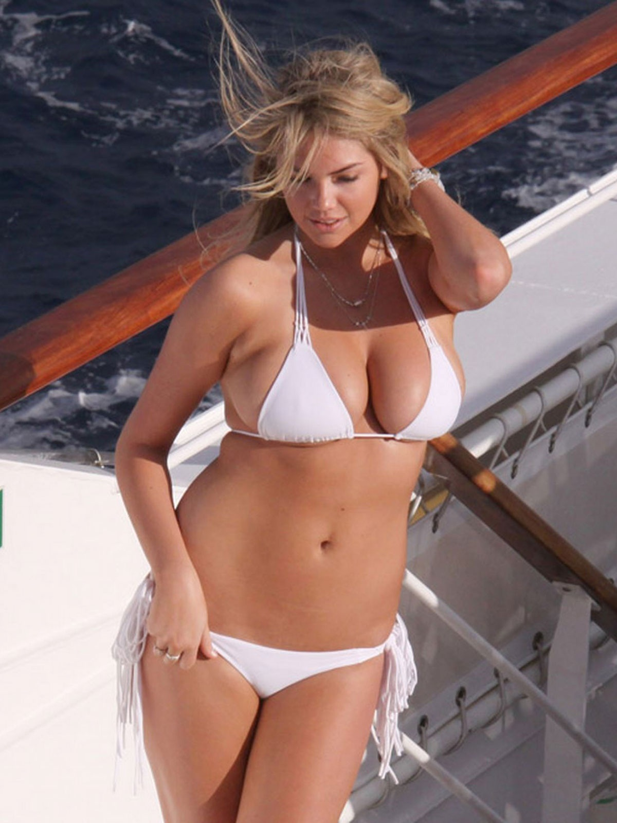 Kate Upton In Bikini Photoshoot For Sports Illustrated Magazine In Antarctica Kate Upton