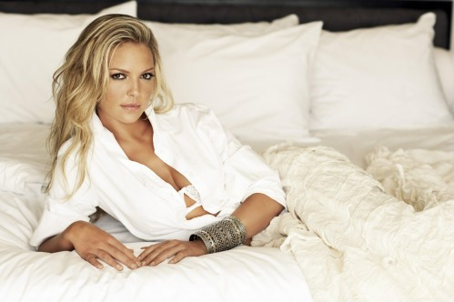 Post Katherine Heigl Hot In Bed Img Sn Hot