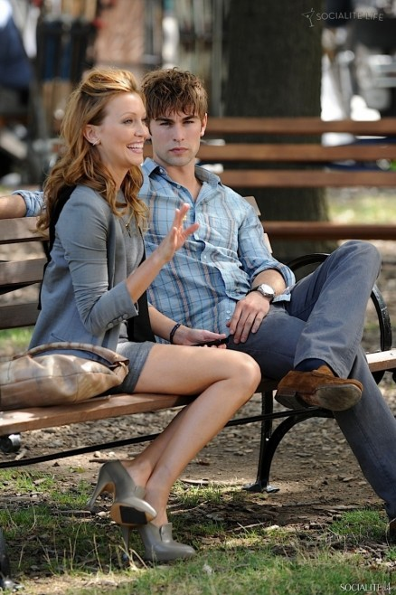 Chace Crawford Katie Cassidy Gossip Girl Kissing Katie Cassidy