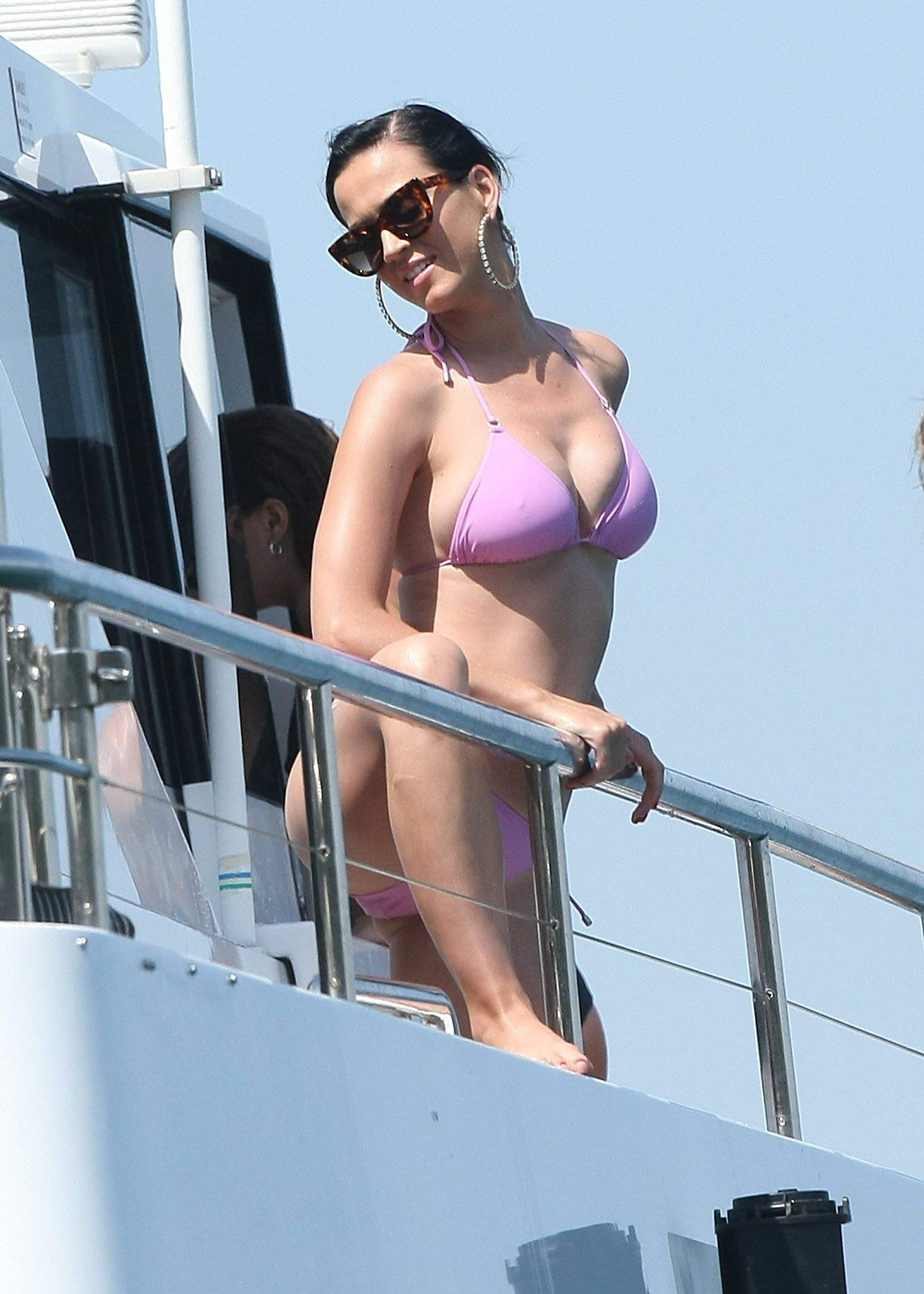 Katy Perry In Pink Bikini Aw