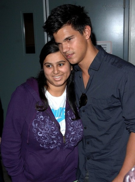 Gallery Enlarged Taylor Lautner Kellan Lutz Vancouver Airport And Taylor Lautner