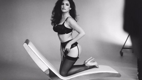 Black And White Kelly Brook Wallpaper Kelly Brook