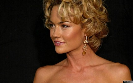Kelly Carlson Hd Wallpaper