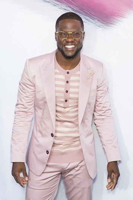 Kevin Hart The Secret Life Of Pets Movie Premiere Red Carpet Fashion Tom Lorenzo Site Kevin Hart