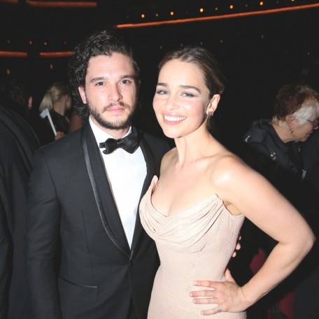 Conventions et autres sorties Tumblr-odqa-on-tm-zho-kit-harington-426615573
