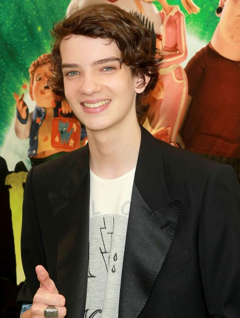 Kodi Smit Mcphee Dawn Of The Planet Of The Apes