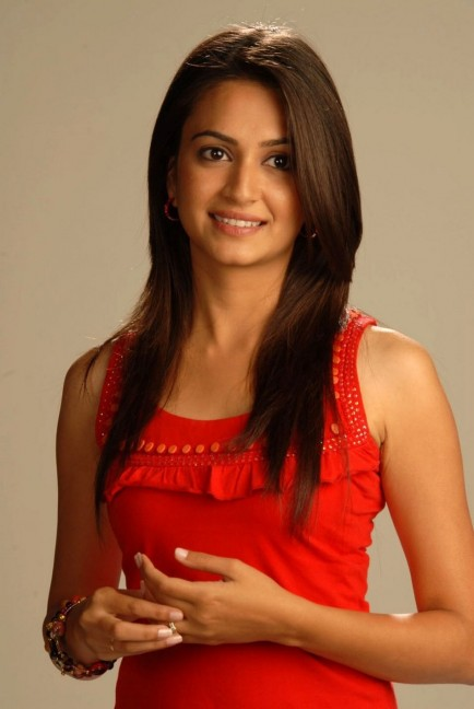 Kriti Kharbanda Actress Stills Kriti Kharbanda