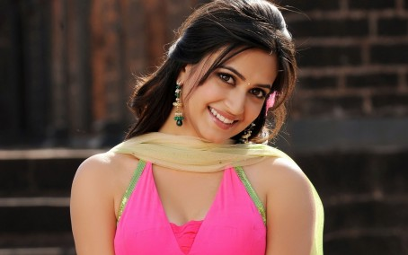 Kriti Kharbanda Cute In Pink Dress Wallpapers Kriti Kharbanda