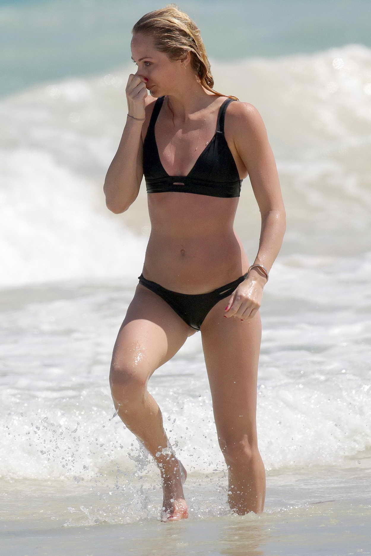 Laura Vandervoort In Bikini At The Beach In Mexico Laura Vandervoort