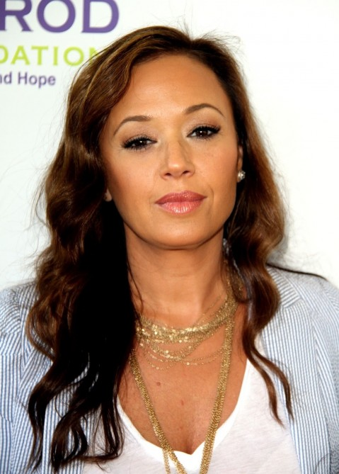 Leah Remini Biography, Image Source: chinese.fanshare