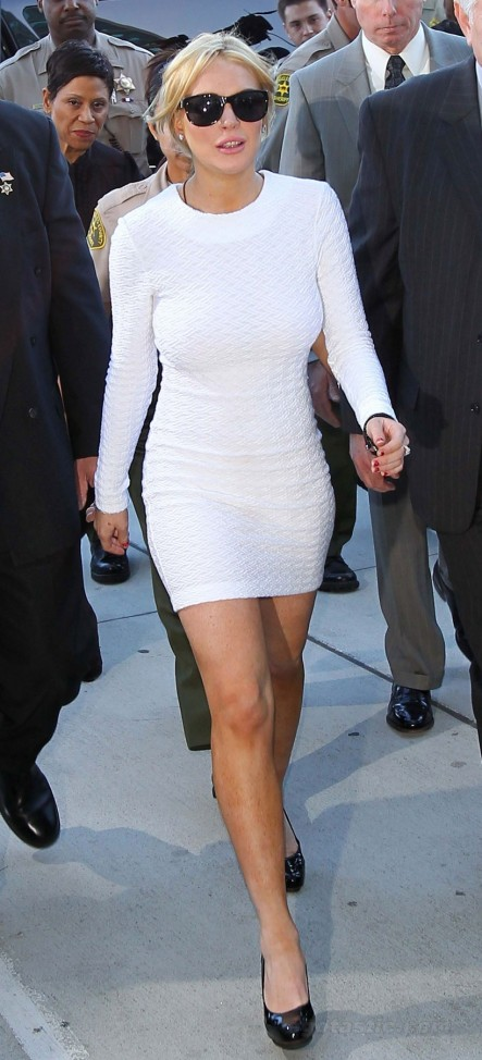 Lindsay Lohan White Dressr Court Pictures Young