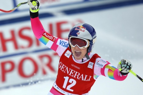 American Downhill Skier Lindsey Vonn Celebrating Winning The Opening Round Of The World Cup At Lake Louise Canada Lindsey Vonn