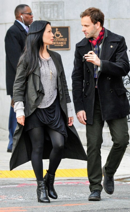 Lucy Liu And Jonny Lee Miller In Elementary Episode Pilot While You Were Sleeping Elementary