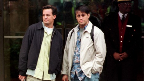 Friends Fans Rejoice Matt Leblanc And Matthew Perry Reunited Matt Leblanc