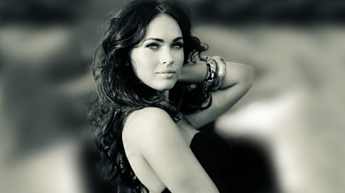 Megan Fox In Classic Looks In Hot And Seezling Way Desktop Background Megan Fox High Defination Images Body