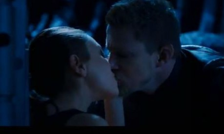 Channing Tatum And Mila Kunis Kiss In Jupiter Ascending Movies