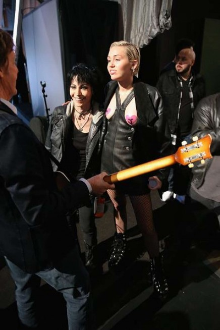 Miley Cyrus Rock And Roll Hall Of Fame Induction Ceremony