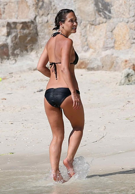 Myleene Klass In Bikini At The Beach In Thailand Myleene Klass