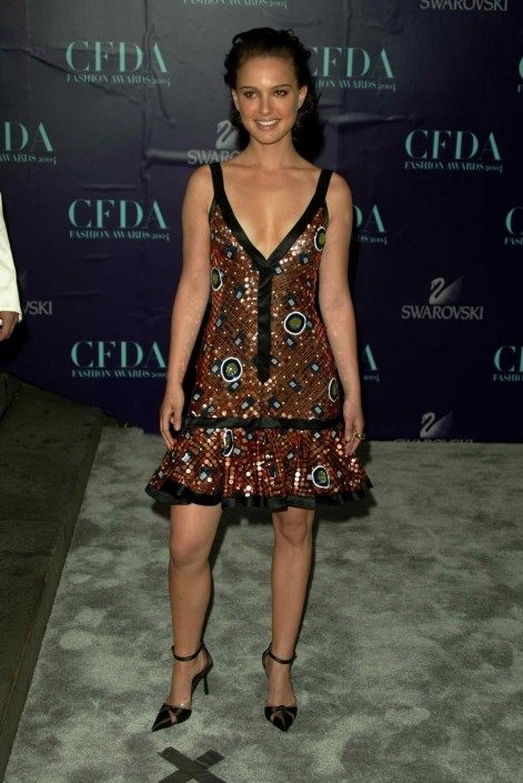 Natalie Portman At Cfda Fashion Awards In New York City Natalie Portman