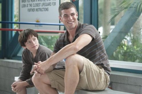 Picture Of Nathan Gamble And Austin Stowell In Dolphin Tale Large Picture Number
