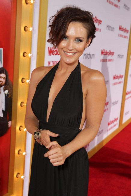 Nicky Whelan The Wedding Ringer Premiere In Hollywood Nicky Whelan