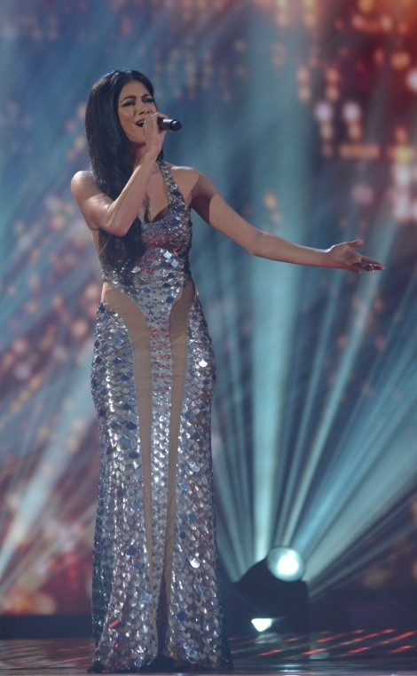Nicole Scherzinger Factor Uk Julien Macdonald Gown