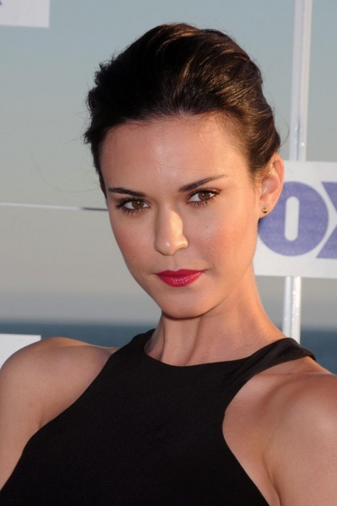 Odette Annable Actress Hd Wallpapers Odette Annable