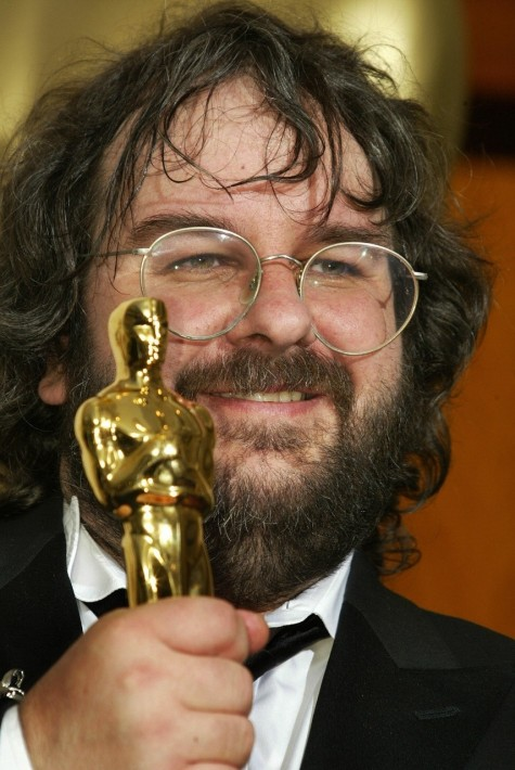 United States Director Peter Jackson Poses With The Oscarcropcq Dam Web Peter Jackson